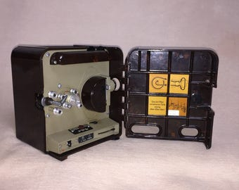 Pentacon P8 dark brown bakelite narrow film projector movie projector