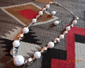 White/Silvertone Acrylic Beaded Necklace Set