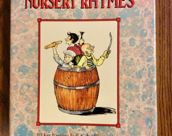 """Vintage Hardcover """"The Classic Book of Nursery Rhymes"""" 112 Enchanting Full-Color Illustrations 1986 Childrens Books, Classics"""