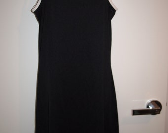 90's Black And White Sleeveless Fitted Sport Dress