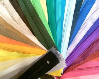 25 Nylon Zippers 18 Inches Coil #3 Closed Bottom Assorted Colors (25 zippers)