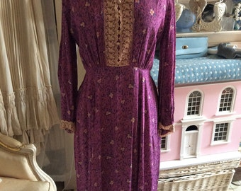 1930/1940s floral day dress