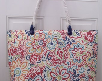 Oversized tote in beautiful colorful pattern