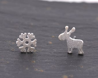 Sterling Silver Mismatched Moose and Snowflake Winter Themed Stud Earrings  Y37