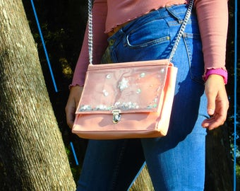 Pink leather shoulder bag with beads and starlets shakerabili
