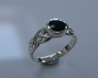 Whitby Jet Celtic ring in solid sterling silver