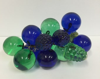 Vintage Lucite Grape Cluster / Blue Green Lucite Grapes