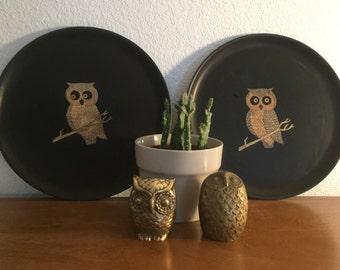 2 Mid-Century Vintage Couroc of Monterey Owl Plates