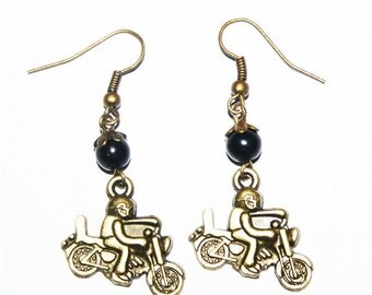 Earring metal bronze the biker