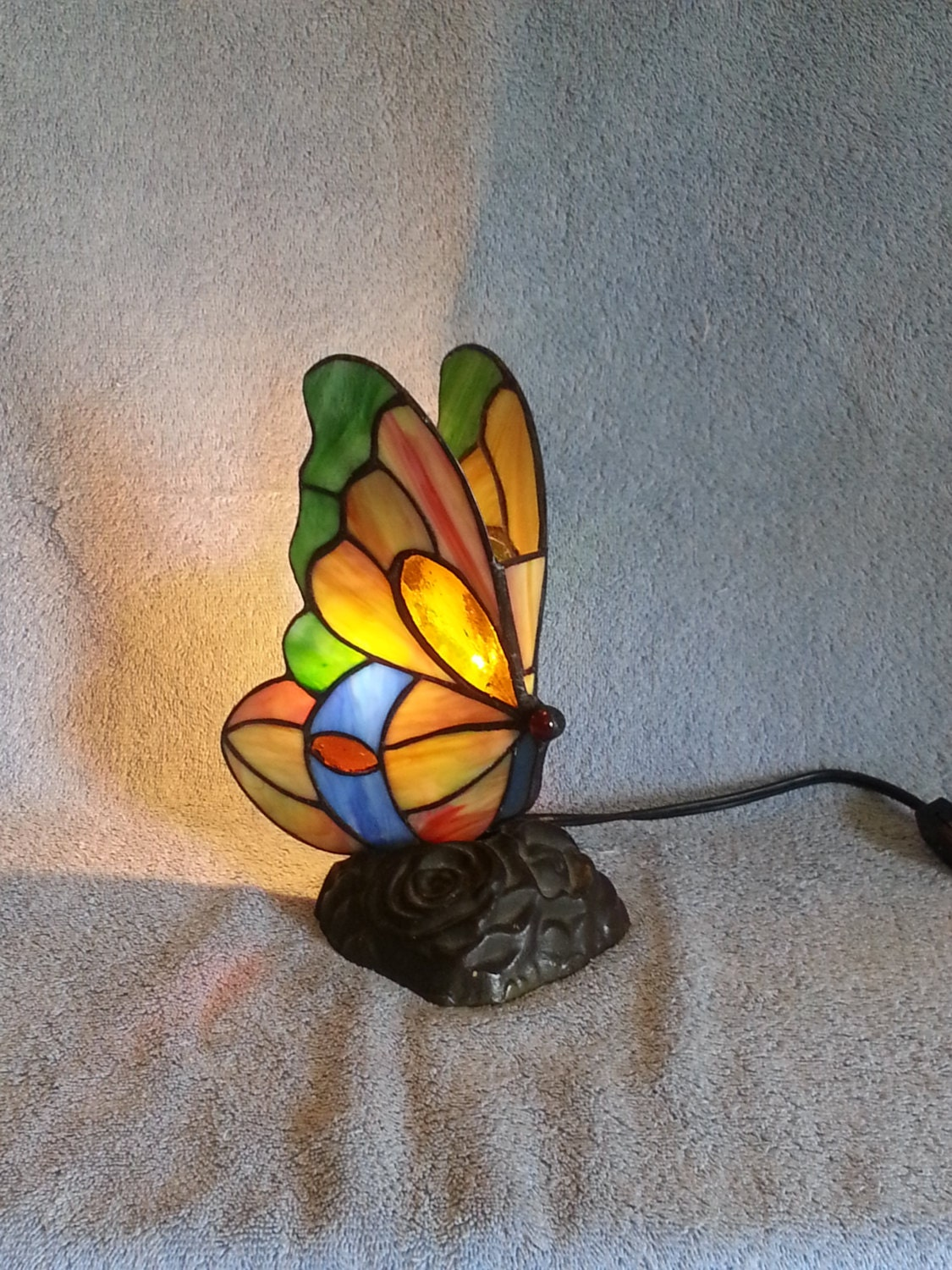 accent lamp stained glass butterfly nightlight. Black Bedroom Furniture Sets. Home Design Ideas