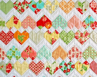 "Zigzag Heart Diamond Quilt Pattern (PDF) - ""ZigZag Love"" - Beginner Friendly and Pre-Cut Friendly. Mini quilt, lap quilt & single bed size."