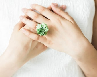 Cocktail ring | statement ring | corsage | brass jewelry | floral jewelry | succulent | accessories | Bridesmaid gift