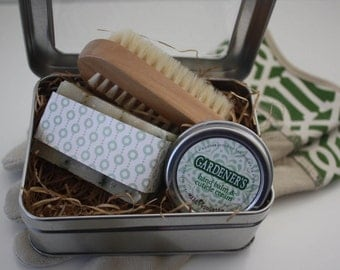 Gardener's Gift Tin Ready to Ship / Gift for her, Birthday gift, Coworker gift