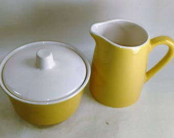 Yellow And White Ceramic Creamer And Sugar Bowl With Lid/Cover /Nice every day set/Crazing on Lid/ Good Used (S)