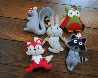 Mobile animals forest owls, rabbit, squirrel, raccoon, and Fox in felt for baby