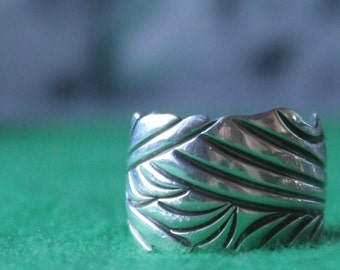 Vintage Navajo Sterling Silver Signed By Bill Emerson Ring size P