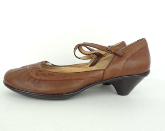 Vintage Sofft Brown Leather Kitten Heels Size 9M, Brown Leather, Brown Shoes, Leather Shoes, Small Heel, Fancy Shoes, Textured Shoes, Sofft