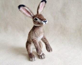 Needle Felted Hare, Bunny, Hare, Woodland, Needlefelt, Needle felted animal, Soft Sculpture, Miniature hare