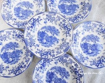 Plate set vintage plate set made in Italy plate set italian porcelain plate set for seven