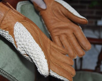 Vintage women's leather driving gloves made in Romania