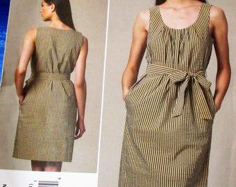 Vogue Pattern, V1236, Misses and belt, loose fitting dress, aboove knee length dress, scoop neck dress, Sz: 8, 10, 12, 14