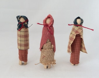 Primitive Wood Pin Dolls - Set of 3, My Country Home