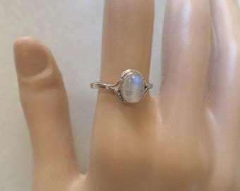 Sterling Silver 925 Stamped, Chalcedony Cabochon, Ladies Ring, Size 7.