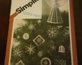 Simplicity Crochet Christmas Tree Decoration Pattern 1981