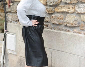 Black leather skirt vintage