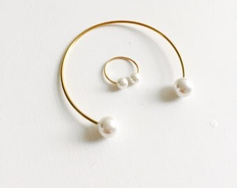 Double pearl ring/bangle, pearl midiring
