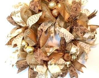 Deco Mesh Christmas Wreath, Gold Christmas Wreath, Gold Ribbon Wreath, Gold Holiday Wreath, Modern Christmas Wreath, Gold Door Wreath
