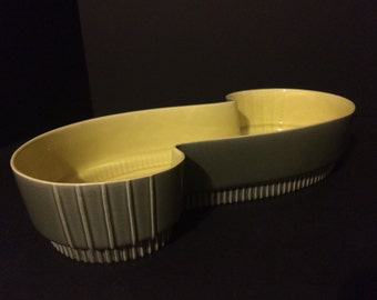 Vintage Roselane Pottery Planter 113 Green and Yellow