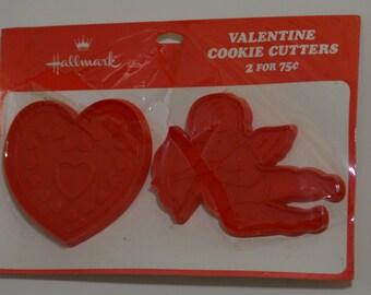 Vintage 2pc HALLMARK VALENTINE'S DAY Cookie Cutter Set | New on card 1975 Heart Cupid