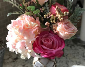 Pretty in pink netted mason jar bouquet