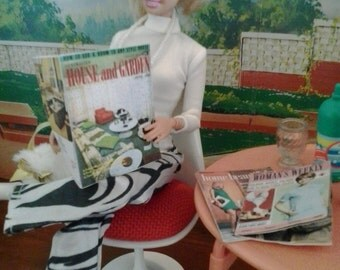 1/6 scale miniature vintage home & garden womens weekly magazines from the 1960s for Barbie action figure doll house diorama