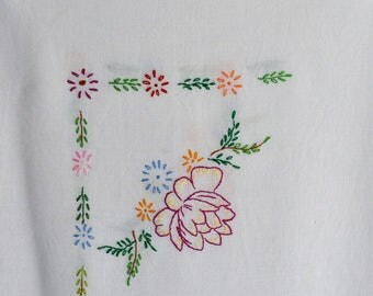 Vintage Hand Embroidered Tablecloth Water Lilies 1960/1970s