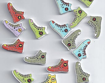 10pcs Mix Shoe Pattern Wooden Buttons Sewing Scrapbooking Decoration Embelli (39)