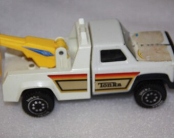 Vintage toy vintage Tonka truck vintage tow truck white Tonka toy  tow truck vintage toy truck vintage truck older Tonka tow truck
