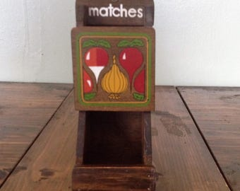 Vintage Match Shelf Wood Painted Vegetables Onions Kitchen Utensil holder Matches Retro Tool Decor Wall Hanging Gadget Spoon Fork Serving