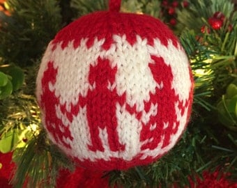 Dancing Around the Christmas Tree - Christmas ornament - Hand Knit