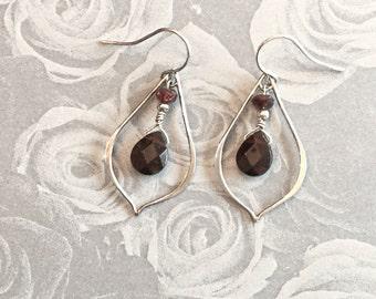 Sterling Silver Tear Drop Genuine Red Garnet Pear-Shape Briolette Gemstone Dangle Drop Earrings