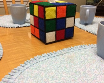 Rubix cube tissue box cover made of plastic canvas