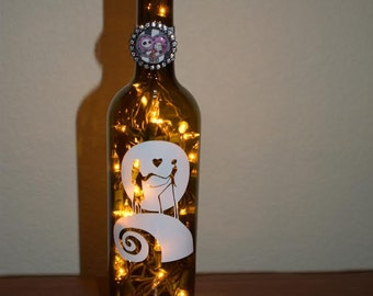 Nightmare Before Christmas Wine Bottle Lamp Jack and Sally (Choice of light color) Halloween Lights, Halloween Party, Bottle Lamp, Valentine