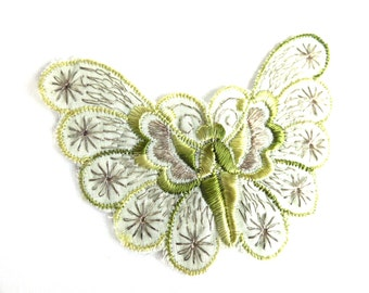 Butterfly Patch, 1930s vintage embroidered applique. Vintage patch, sewing supply. Applique, Crazy quilt. #647G100K5
