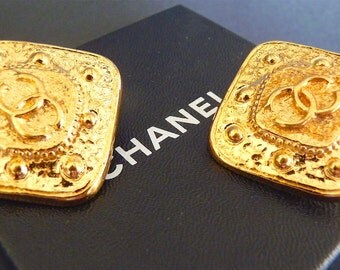 Authentic CHANEL Earrings, Vintage 1990s Clip On, Coco Chanel CC Earrings, Gold Plated Metal, Original Box, Jewelry Gift Idea for Her