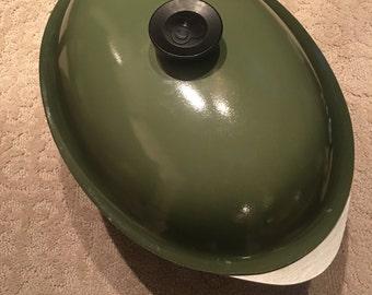 Vintage Club Dutch Oven Roaster pot pan Olive Green roasting stock pot/ Aluminum enamel Mid Century cooking pot and lid