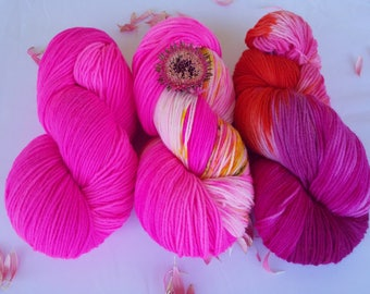 Yarn package: 3 strands of Merino high twist