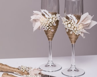 Personalized Wedding glasses and Cake Server Set cake cutter rustic wedding toasting flutes rustic wedding flutes and cake rustic set of 4