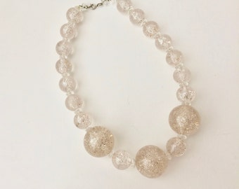 Vintage Clear Plastic Bead Necklace With Silver Glitter/Vintage Plastic Necklace/Little Girls Necklace/Costume Jewelry