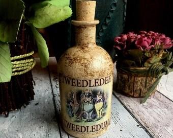 Tweedledum & Tweedledee Bottle. Alice in Wonderland Bottle. Decorated Bottle. Tweedledum and Tweedledee Hand Panted Bottle. Alice Bottle.
